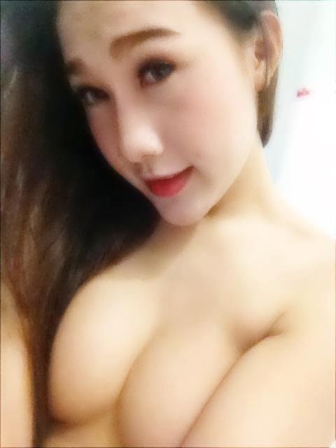 hot-girl-nguc-bu2